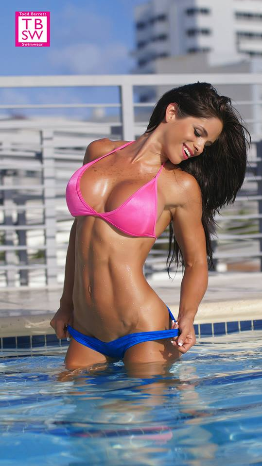 Michelle Lewin hot body on swimsuit