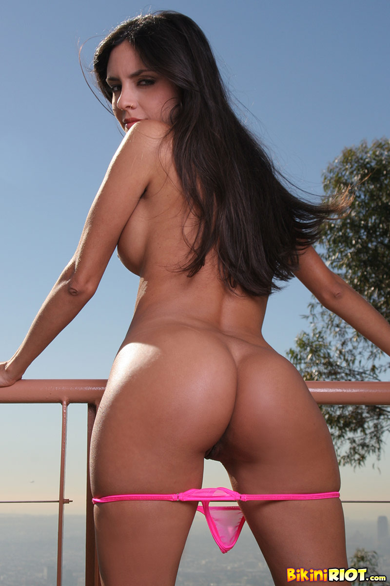 Mindy Vega sexy Mexican girl